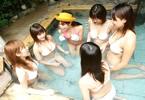 实拍日本男女温泉混浴